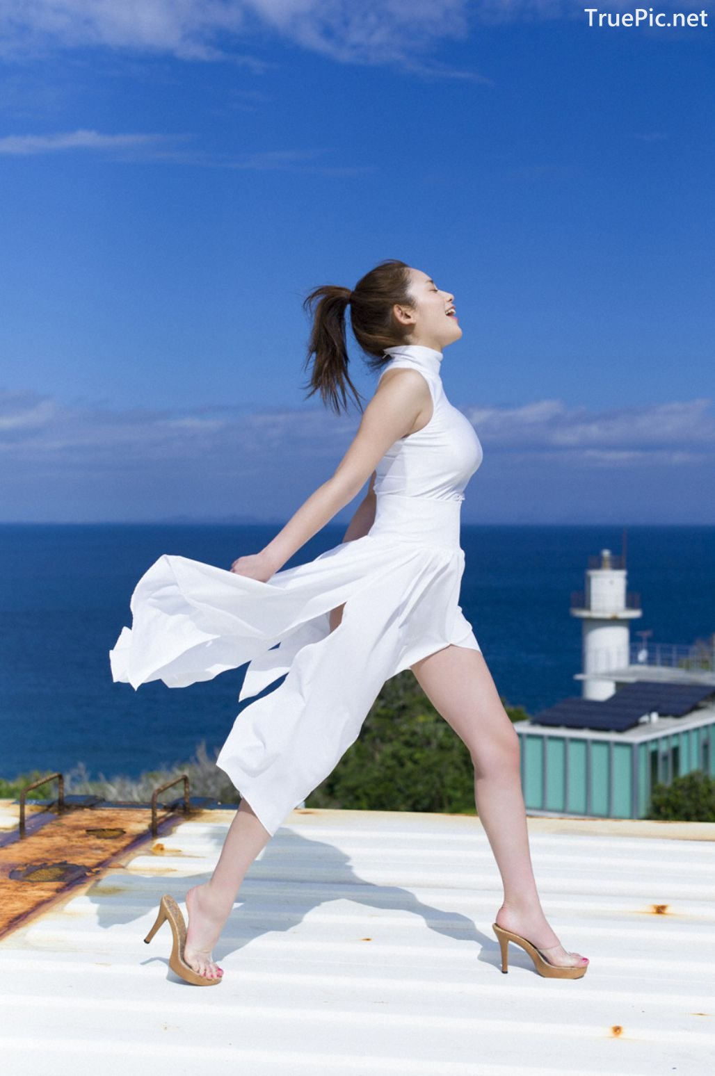 Image-Japanese-Gravure-Idol-Miwako-Kakei-Sexy-Japanese-Angel-With-Hot-Body-TruePic.net- Picture-7