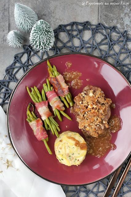Deluxe Weihnachtsmenü | Rezept | Essen | Kochen | Rinderfilet mit Nuss-Lebkuchen-Crumble