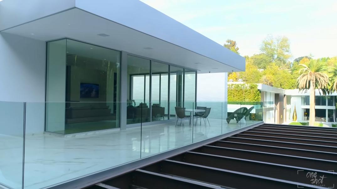 53 Interior Photos vs. Tour 627 Carcassonne Rd, Los Angeles, CA Ultra Luxury Modern Mega Mansion