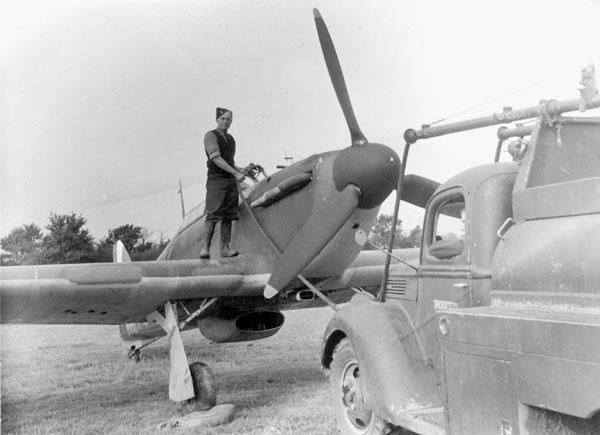 6 October 1940 worldwartwo.filminspector.com Hurricane RCAF Battle of Britain