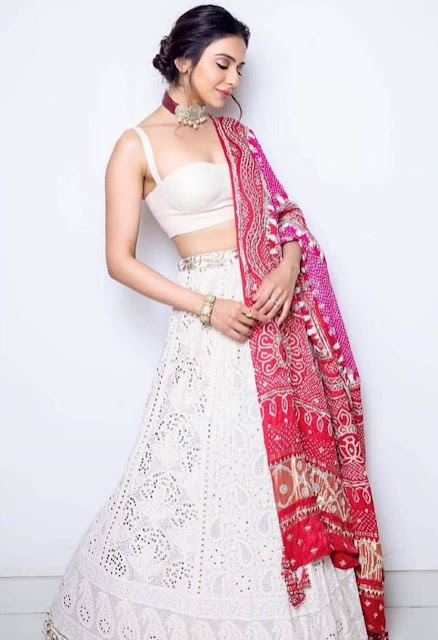 Actress Rakul Preet Singh  IMAGES, GIF, ANIMATED GIF, WALLPAPER, STICKER FOR WHATSAPP & FACEBOOK