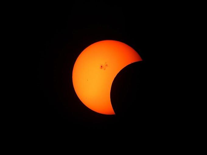21 जून को सूर्य ग्रहण 2020 में 500 सालों में ऐसा संयोग बनने जा रहा है।