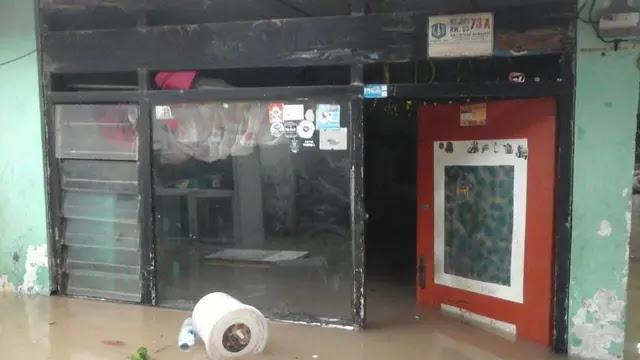 Jakarta Siap-siap Direndam Banjir, 12 Wilayah Akan Terkena Malam Ini, Yang Terlihat Sibuk BPBD, Gubernurnya Kemana?