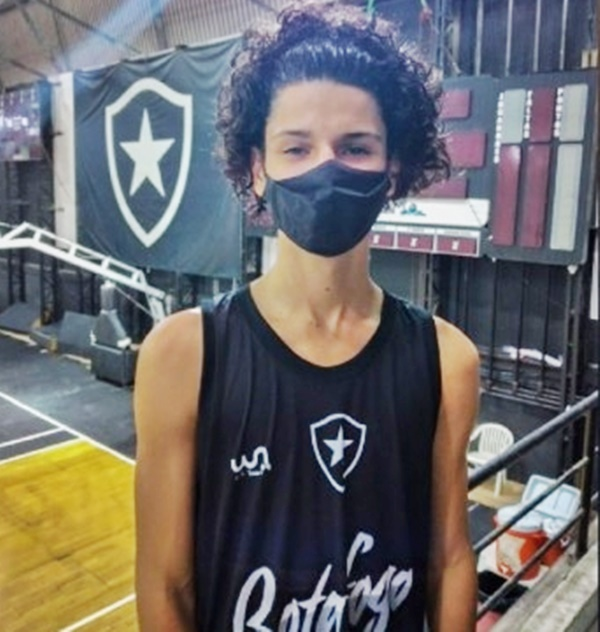 Atleta de basquete de Quissamã é o novo integrante do Botafogo