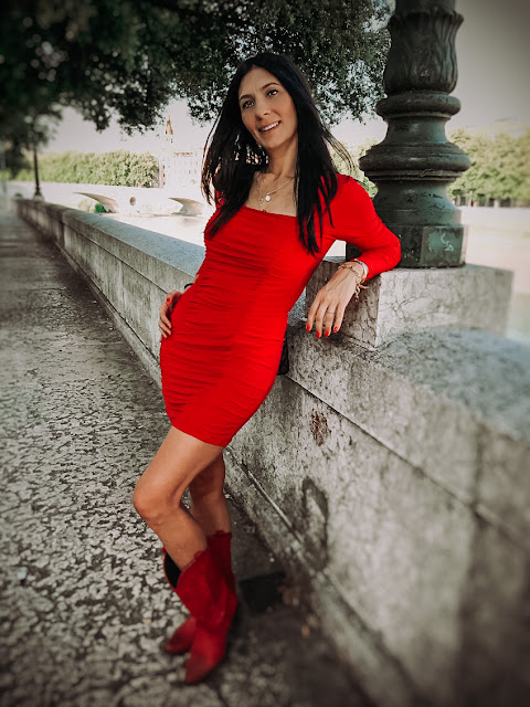 red dress, paola buonacara, themorasmoothie, femme luxe, abito rosso, fashion blogger