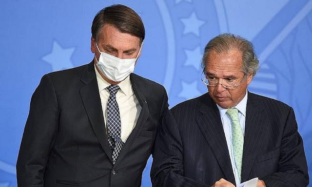 Bolsonaro anuncia auxílio emergencial de R$ 300 até dezembro