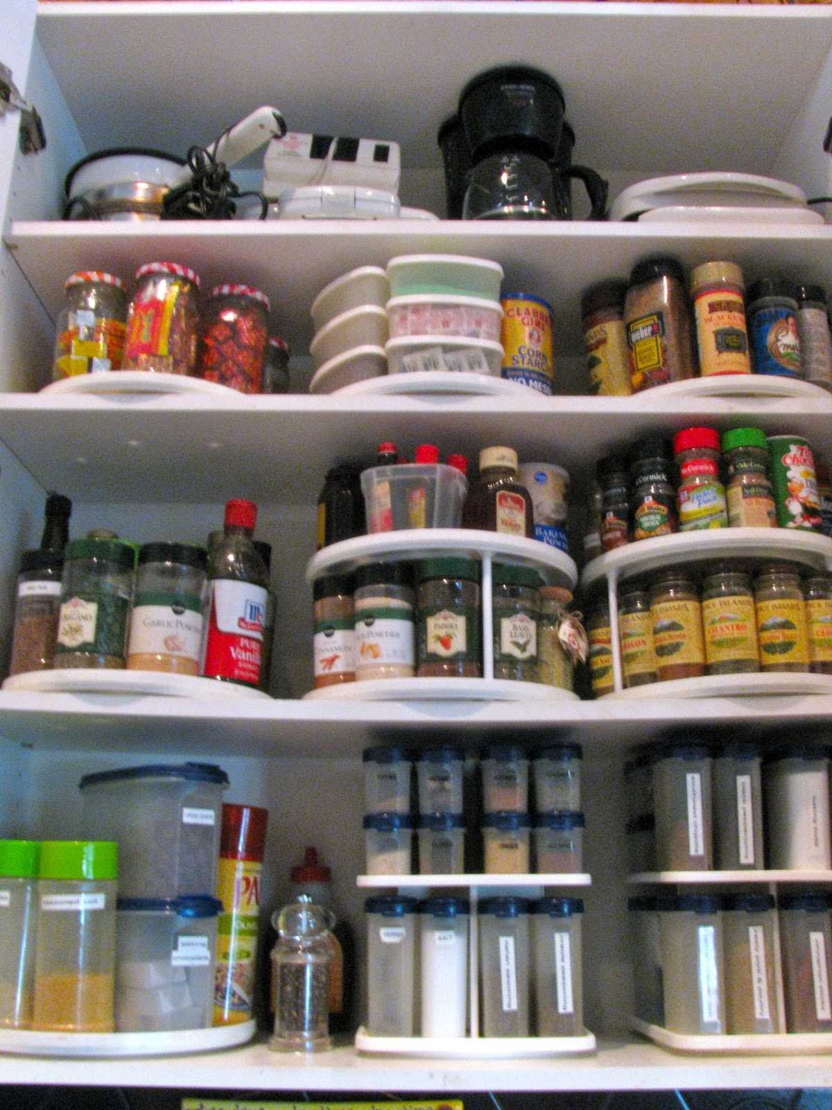 MAY DAYS: Organizing The Pantry