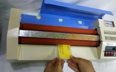 Harga Jasa Laminating KTP, SIM, F4 dan A3 Di Toko Fotocopy