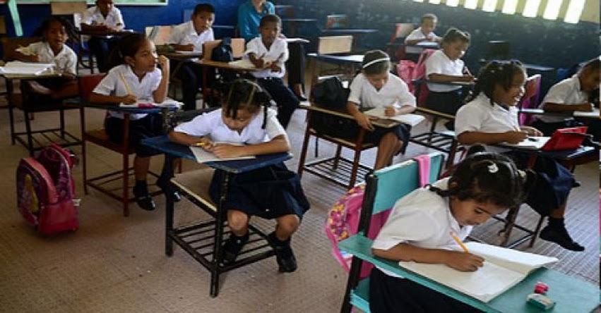 Colegios no pueden exigir lista completa de útiles, advierte DRE Piura