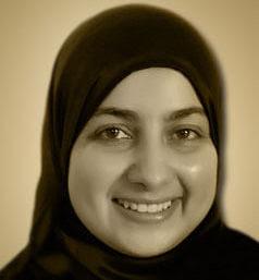 الكاتبة خولة حمدي