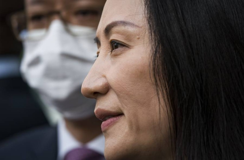 """China describes the charges against Huawei's chief financial officer, Meng Wanzhou, as """"completely fabricated"""". Beijing considered, on Saturday, that the charges against Huawei's financial director, Ming Wanzhou, are """"fabricated"""" and fall within the framework of """"political persecution"""", after the influential official in the Chinese telecom giant left Canada, to return to her country after a trial that lasted for years.  """"The so-called (fraud) accusation against Meng Wanzhou is completely fabricated,"""" Chinese Foreign Ministry spokeswoman Hua Chunying said, according to the official broadcaster CCTV."""