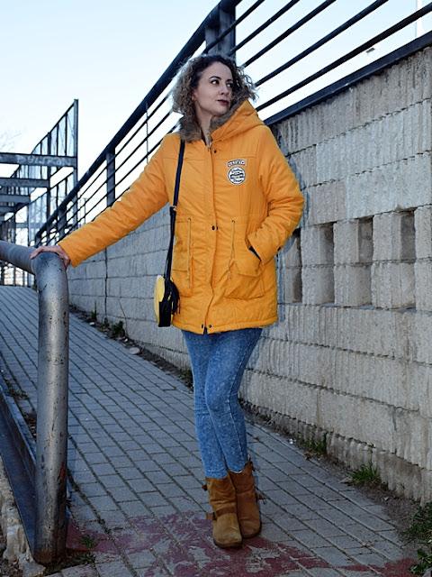 Outfit-Parka-Mostaza-2
