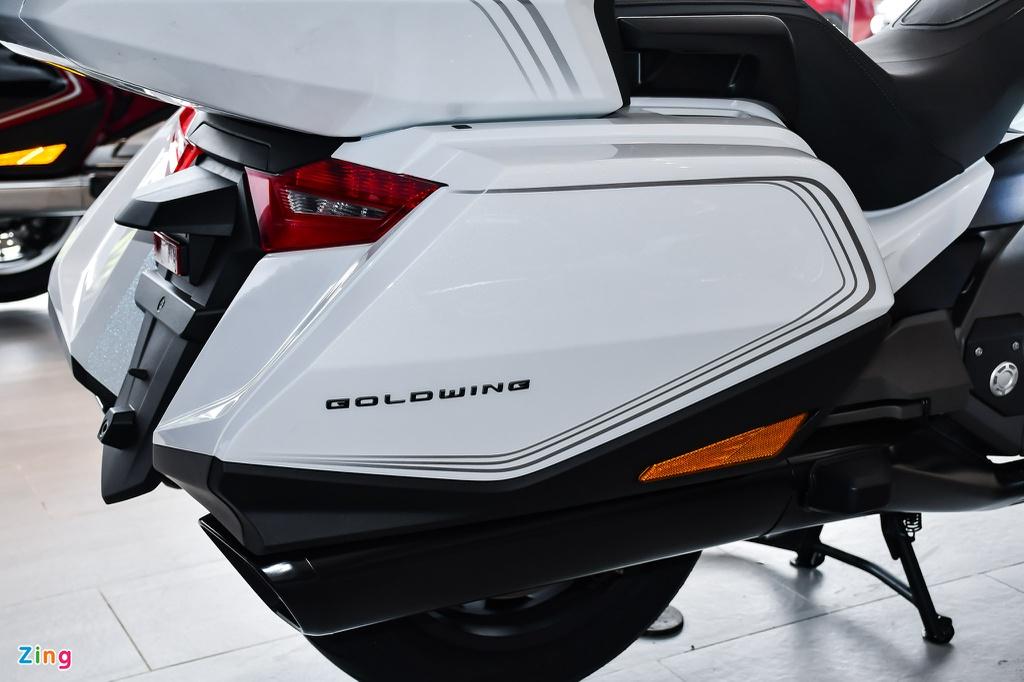 Chi tiết Honda Gold Wing 2020 giá 1,2 tỷ đồng tại Việt Nam