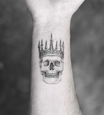 Tatuajes de craneos minimalistas