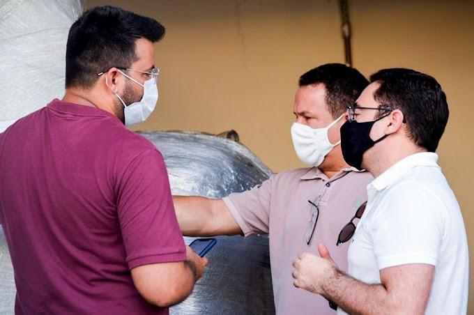 Trabalhando: Prefeito Eudes Miranda recebe usina de oxigênio em Guamaré