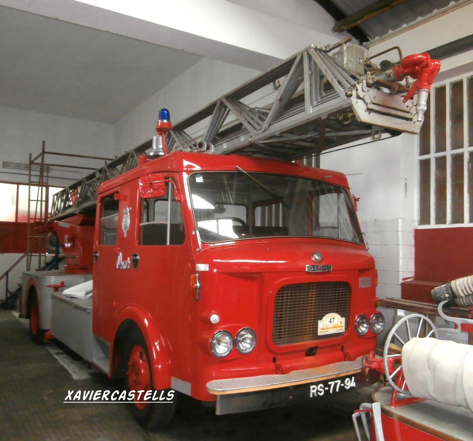 Imatges sobre rodes dennis bombeiros voluntarios de ovar for Cabina del mulino del dennis
