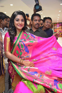 Niveda Thomas Stills From  Kalamandir 25 Store Launch (1).jpg