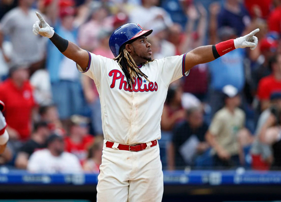 Maikel Franco hits walk-off homer for Phillies