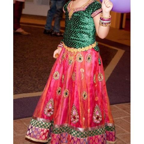Lanhga Images Kids Traditions:...