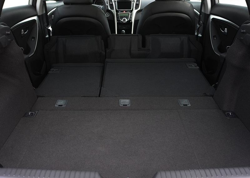 cars next hyundai elantra gt 2013. Black Bedroom Furniture Sets. Home Design Ideas
