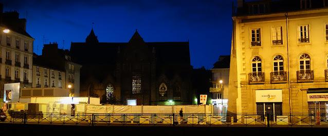 L'Église Saint-Germain et ses vitraux vue depuis la Quai Zola (Novembre 2014)