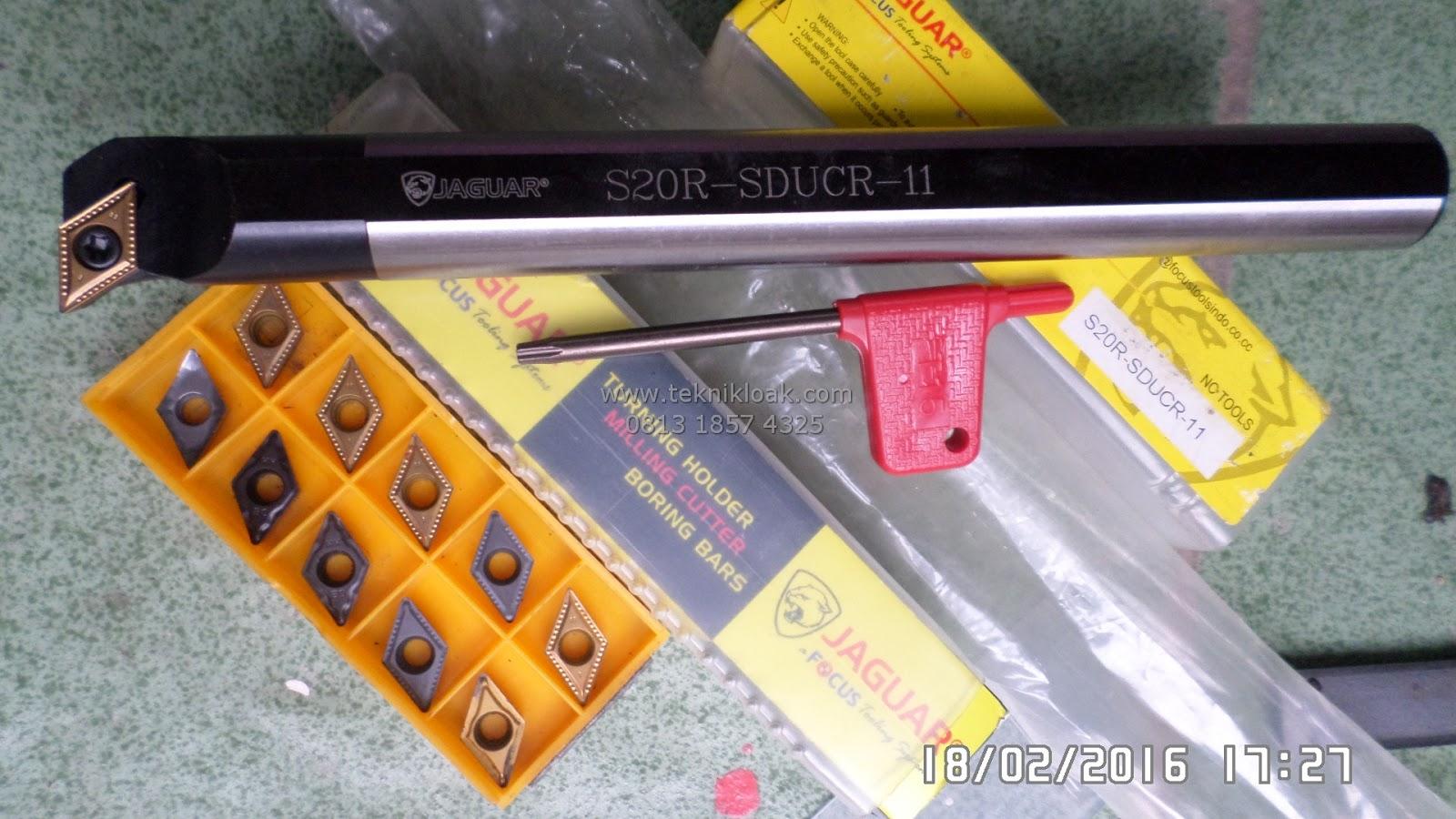 Insert DCMT 11 T3 Paket dengan Holder S20R-SDUCR-11 Diameter Dalam