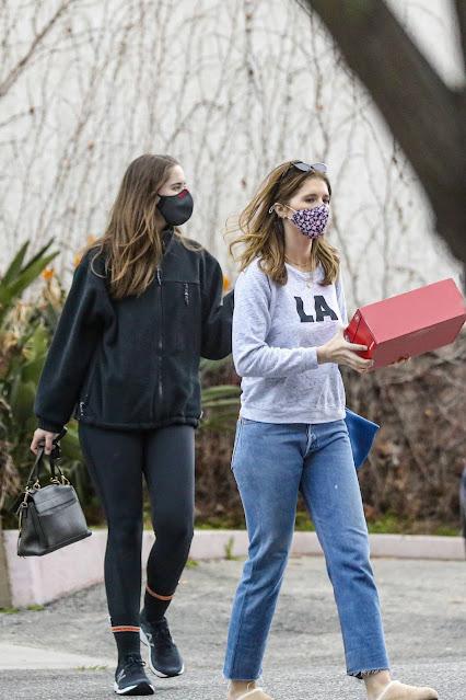 Katherine and Christina Schwarzenegger – Shop for New Balance in Santa Monica