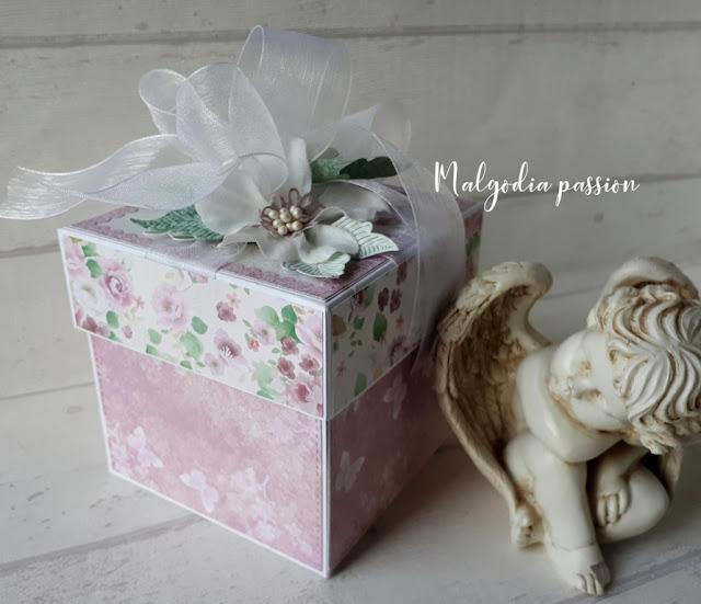 Pudełko na ślub z Parą w altance