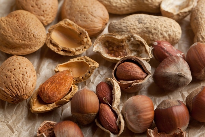 Almond health benefits - almonds in Plate