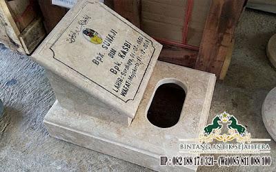 Batu Maisan Kotak, Batu Nisan Kotak, Contoh Batu Nisan Dari Marmer