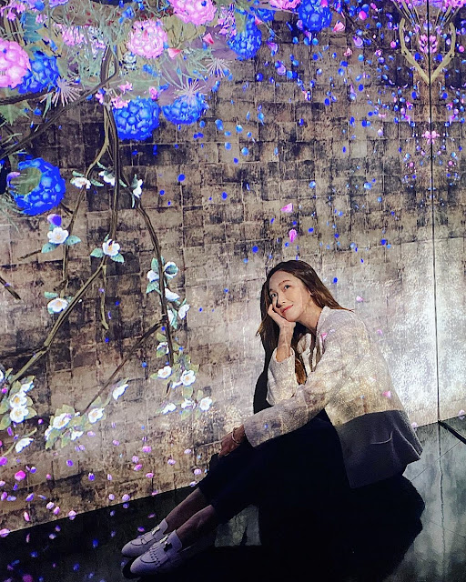 Jessica Jung at TeamLab Life Exhibit