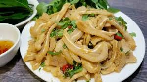 Nem thính lợn là một món ăn dân dã phổ biến của người Việt Nam