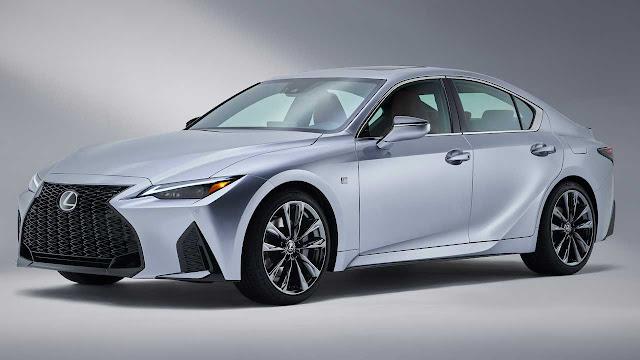 Линейка Lexus не досчитается 3-х моделей