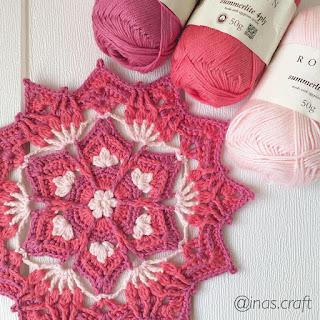 Lubna crochet mandala