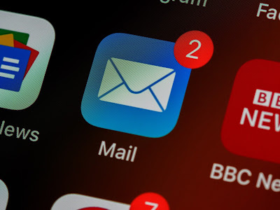 screenshot of email icon