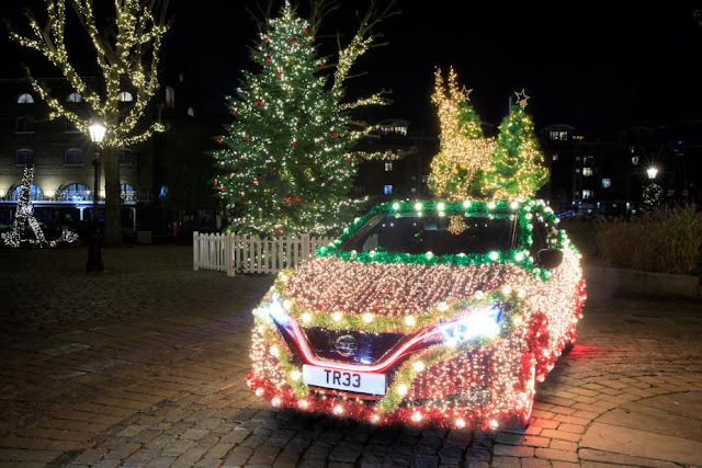 Nissan Leaf Christmas Tree Preview-928x5224