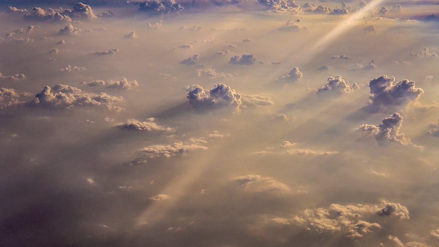 Adoración en los lugares celestiales