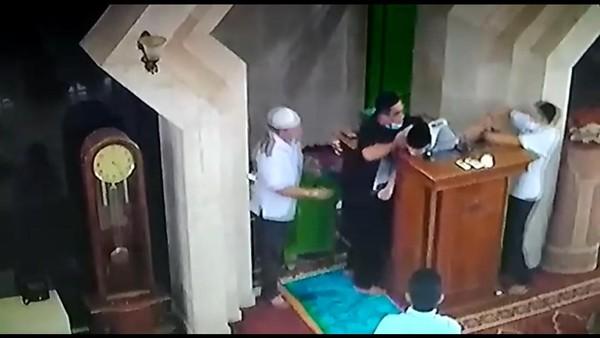Ulama Muhammadiyah di Makassar Meninggal Saat Ceramah di Masjid