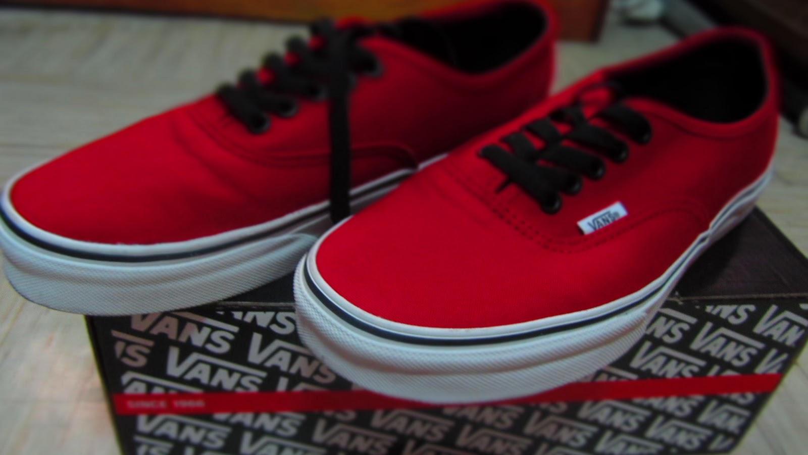 Vans Canvas Authentic Red Black  0f488aa7d716