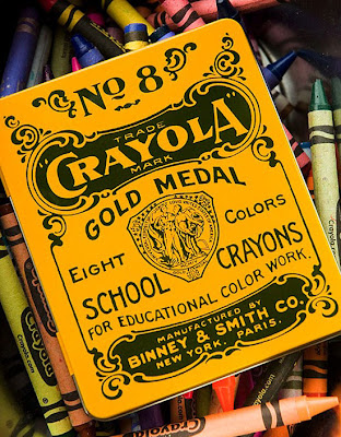 Empaque  de crayolas retro