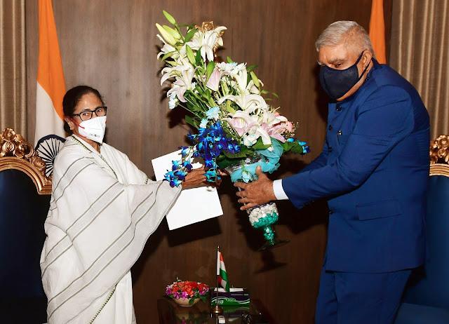 पश्चिम बंगाल: ममता ने राज्यपाल से की मुलाकात