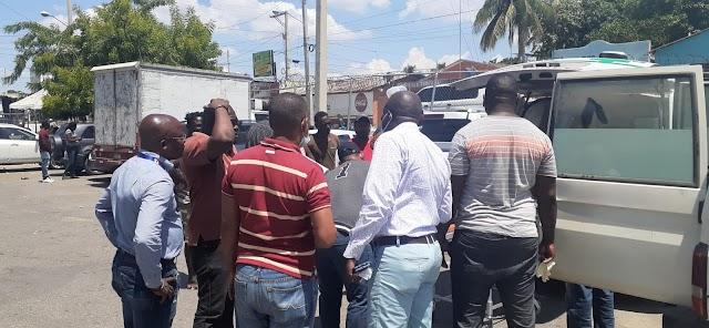 Policía de nacionalidad Haitiano herido en protestas en su país es traslado a RD.