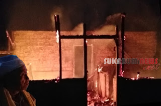rumah guru ngaji ludes terbakar