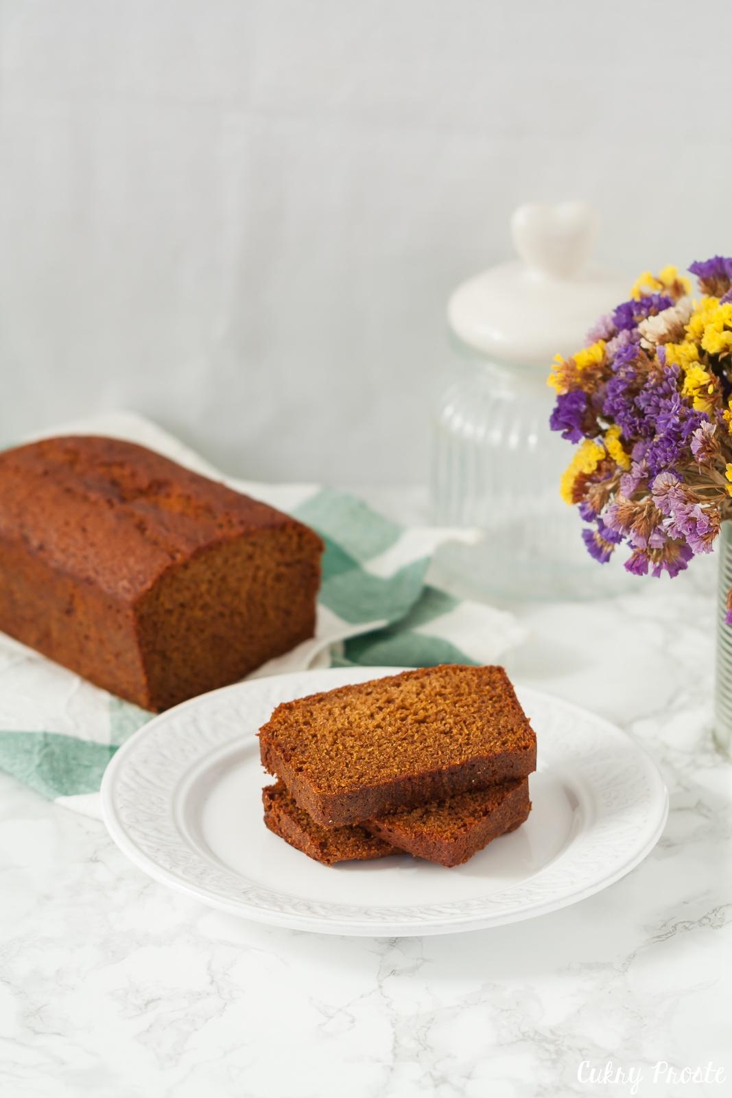 Lekakh — żydowskie ciasto miodowe