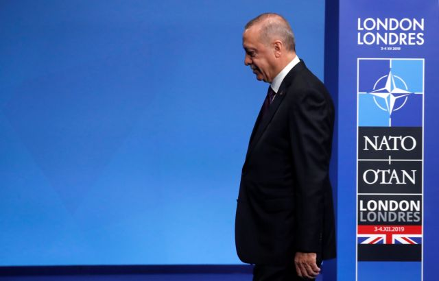 Ο Ερντογάν οδεύοντας προς το θαλασσοκρατορικό του Βατερλό