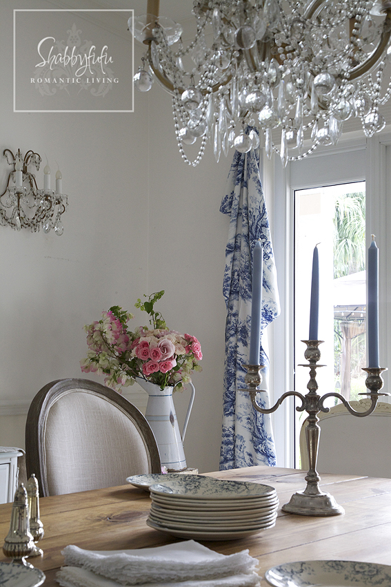 blue and white toile drapes in a dining room