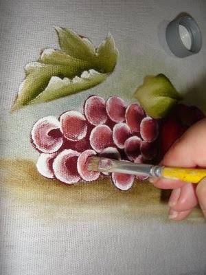 como pintar uva em tecido
