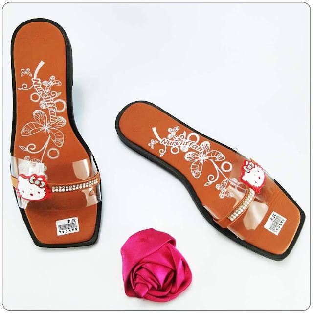 Sandal ELF Slop Mika Permata