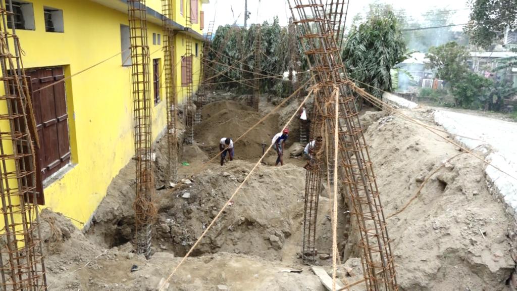 बिद्यालयको जग्गामा निर्माण कार्य रोक्न ध्यानाकर्षण