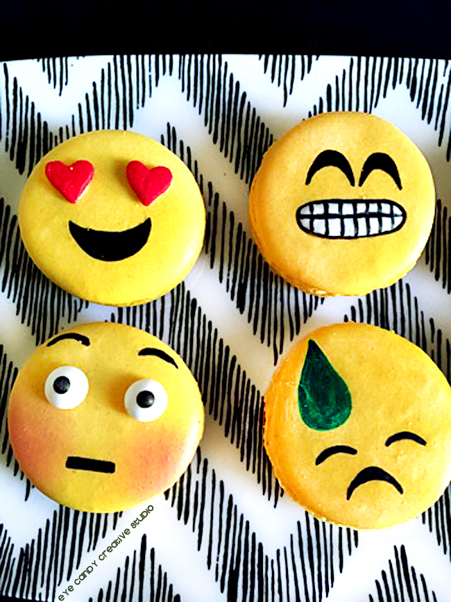 emoji macarons, emoji birthday party, heart eye emoji, emoji faces